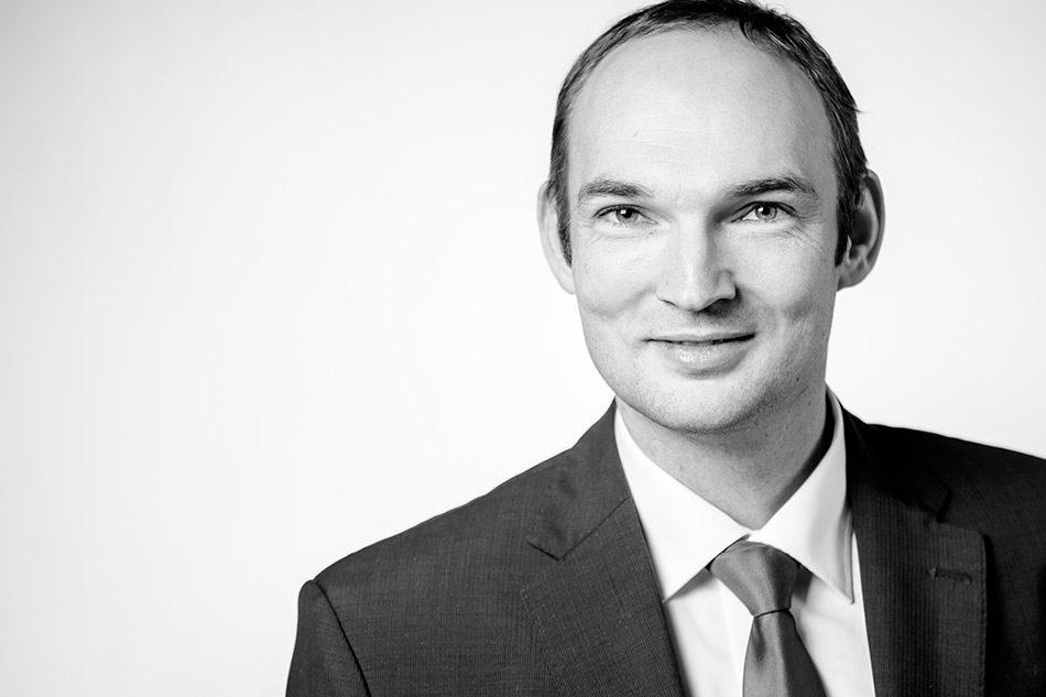 Prof. Dr.-Ing. Sven Roeren